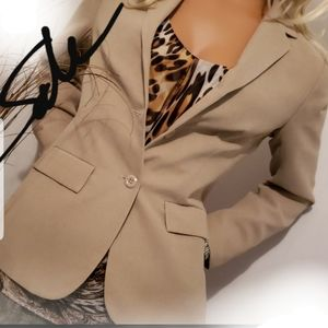 SOLD TOGETHER SIZE 6 NEW YORK & COMPANY BLAZER & T